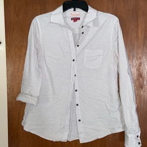Very cute and comfy Merona striped button up top